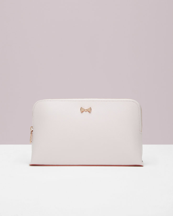 us%2FMens%2FGifts%2FGifts-for-Her%2FLEONIE-Bow-leather-wash-bag-Baby-Pink%2FDS6W_LEONIE_58-BABY-PINK_1.jpg