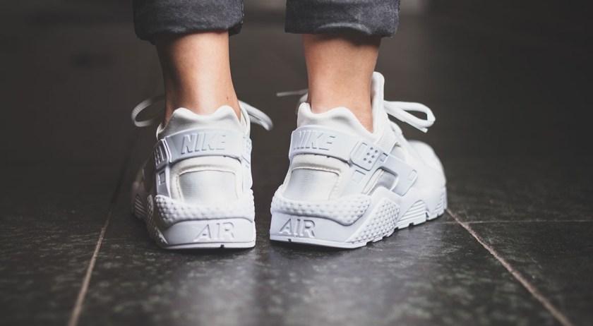 afew-store-sneaker-nike-wmns-air-huarache-run-white-white-white-38
