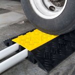 2-Channel-Heavy-Duty-Modular-Cable-Protector-Ramp-0-1