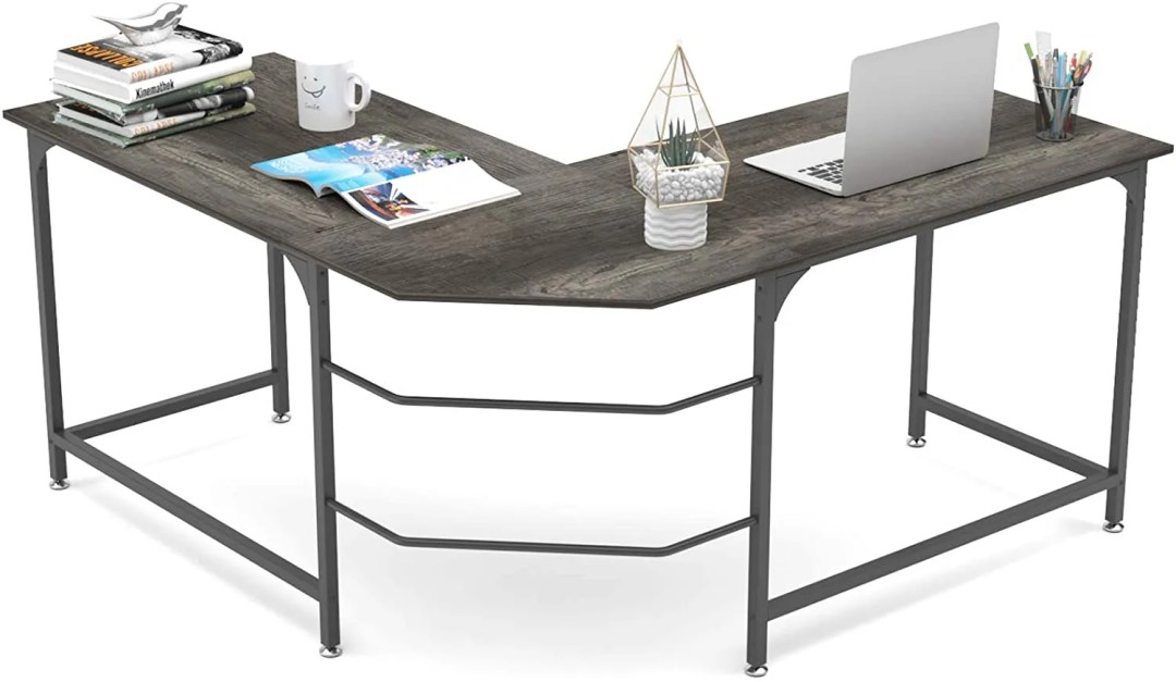 A beautiful and large L shaped corner desk can be a perfect workstation for your home office.