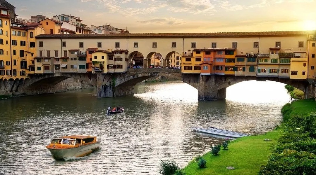 best luxury hotels in Florence Italy
