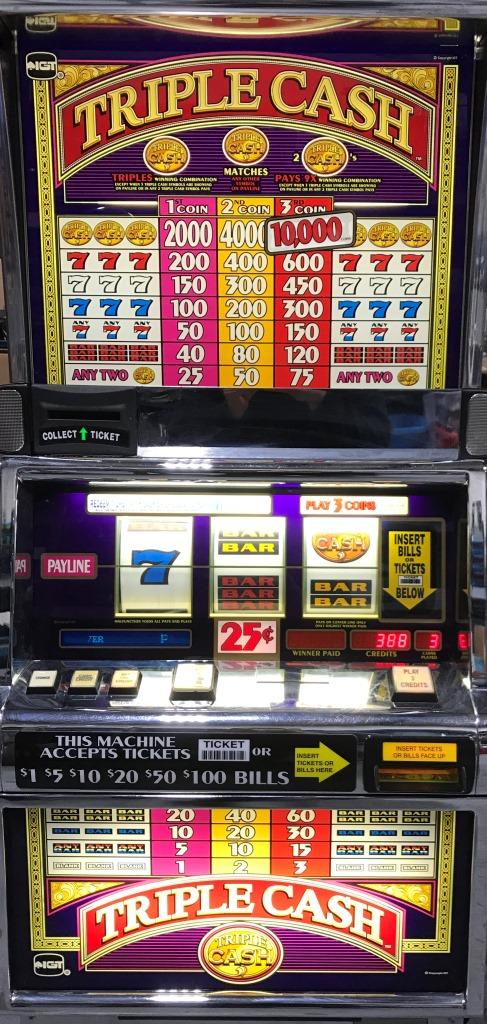 Triple Cash slot machine