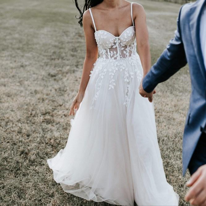 lace wedding dress | hire wedding dress