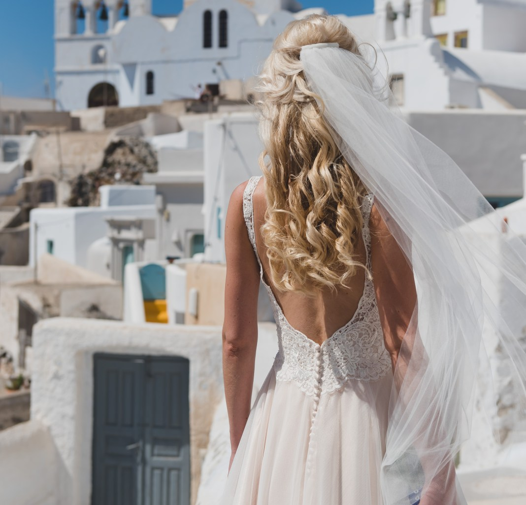 a-line allure bridal wedding dress | secondhand wedding dress