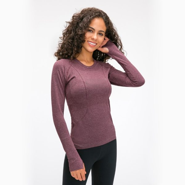 Yoga and Fitness Seamless Super Soft Top with Long Sleeve