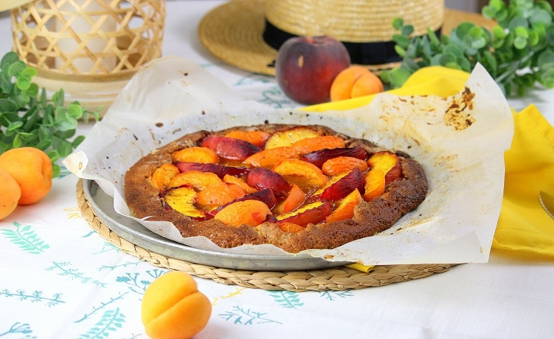 Tarte rustique vegan aux pêches et aux abricots only laurie