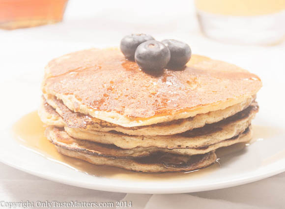 Make #Lemon Ricotta Corncakes/#Pancakes for your #MothersDay brunch. They are even #glutenfree.