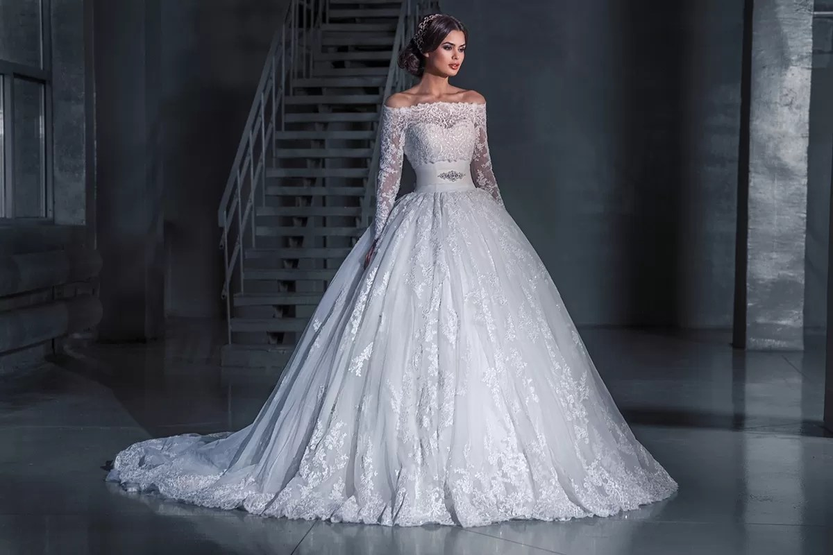 иронично, закрытые пышные свадебные платья картинки производится