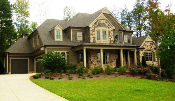 Roswell Home In Crabapple Oaks