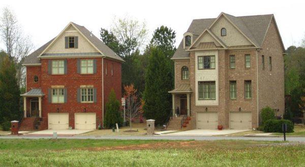 Jones Bridge Estates Home In Johns Creek