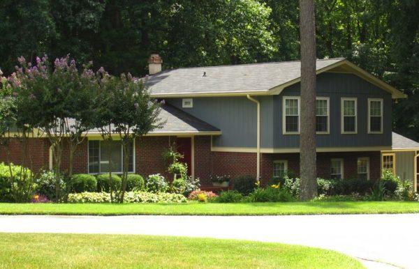 Roswell House In Mountain Creek Neighborhood