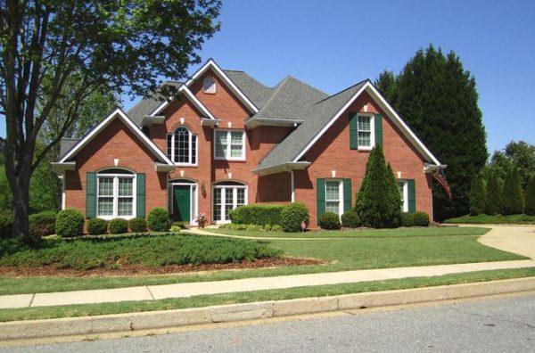 alpharetta-home-in-broadwell-oaks-subdivision