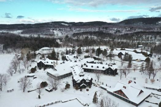 Château de Montebello sous la neige en hiver