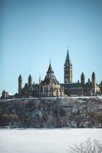 Le parlement à Ottawa vu du musée canadien de l'histoire