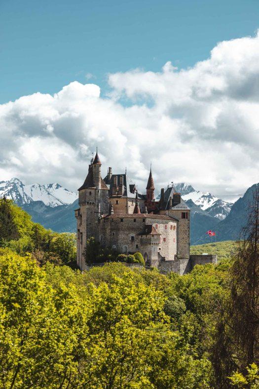 chateau menthon