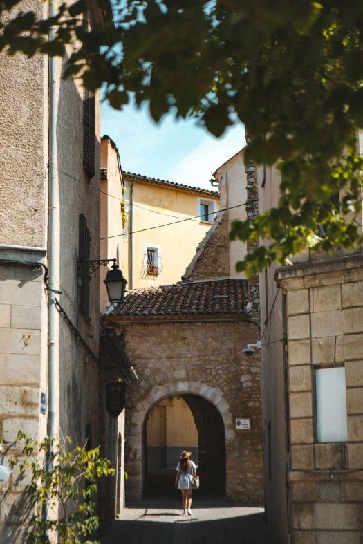 Eurovélo 8 Var Lorgues village