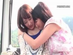 工藤美紗と浜崎真緒が温泉旅行でレズりまくるrezu動画