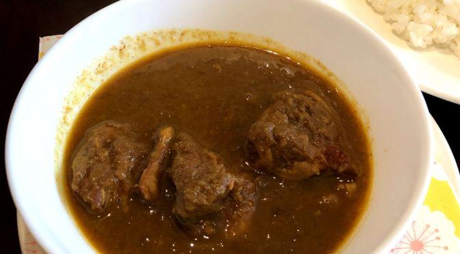 江戸川橋「ボニンアイランドシェフ」インド風チキンカレー、ハヤシライスどちらもスキのない美味しさ。