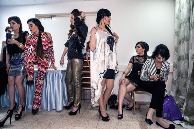 Tanya Habjouqa,  Women of Gaza https://gbenard.wordpress.com/2014/05/27/occupied-pleasures-by-tanya-habjouqa/