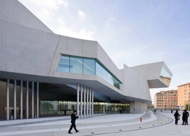 MAXXI, musée national d'art du XXIe siècle (Rome, 2010). Crédit: Zaha Hadid Architects