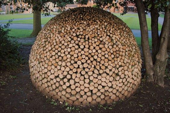 creative-wood-pile-stacking-art-17-581769976af95__605