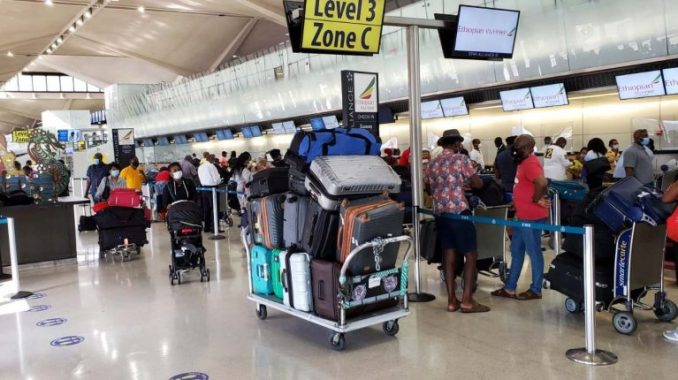 Nigerian evacuees arrive in Abuja 768x430 1