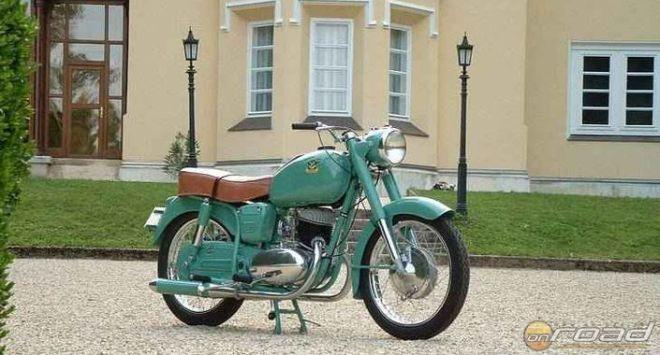 Ez a motor is az 1956-os esztendő gyermeke