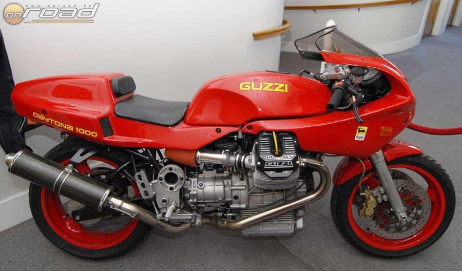 Egy különlegesen szép sportmotor a Moto Guzzi Daytona 1000