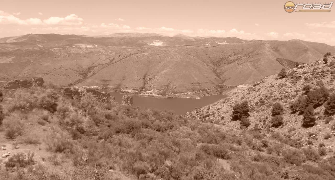 Látkép-Sierra-Nevada-felől