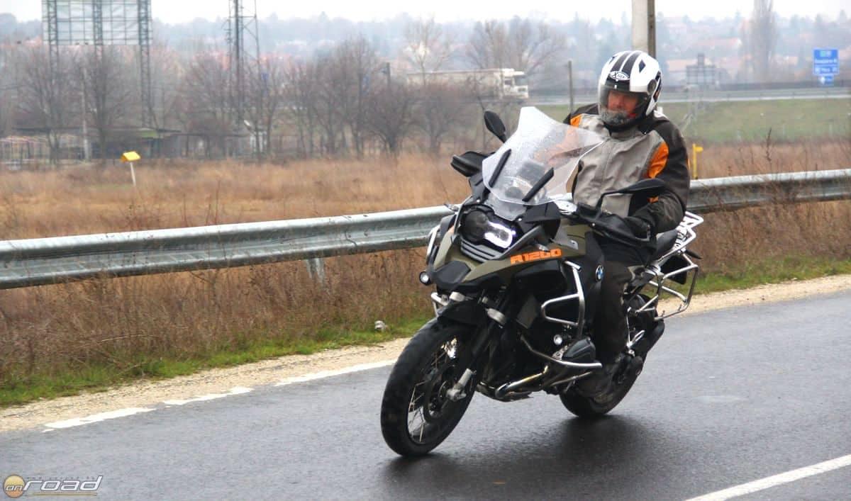 A BMW R1200GS Adventure a legtöbb szavazatot- és videómegtekintést is bezsebelte