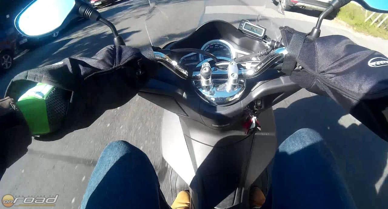 Nyári kesztyűben motorozhatunk télen - éppen csak meg kell tanulni, mi hol van a markolaton