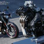 Triumph-moto2-onroad-02