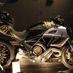 124 Ducati Diavel JPS