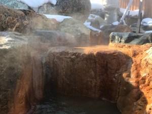 北海道の温泉 パシフィック温泉ホテル清龍園 源泉かけ流し 男子露天風呂 湯口