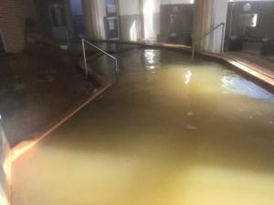 北海道の温泉 パシフィック温泉ホテル清龍園 源泉かけ流し 男子浴室 湯舟大