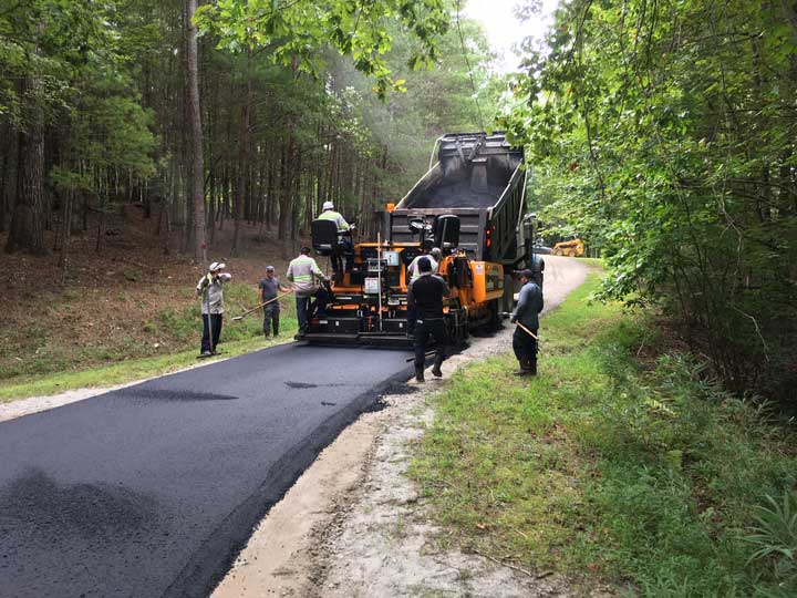 Asphalt Paving Country Lake