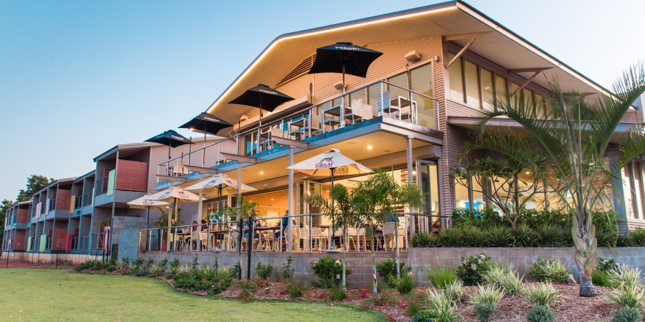 onslow-beach-resort-front-view-hero