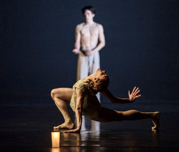 Gakuro Matsui; Yolanda Correa dans Gods and Dogs