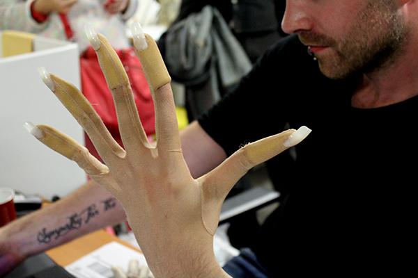 les faux doigts