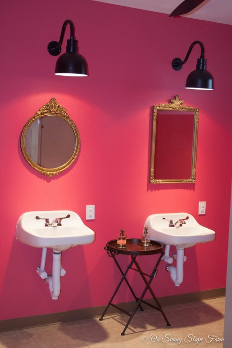 Double sinks and mirrors