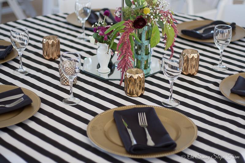 Black white gold wedding theme decorations-7