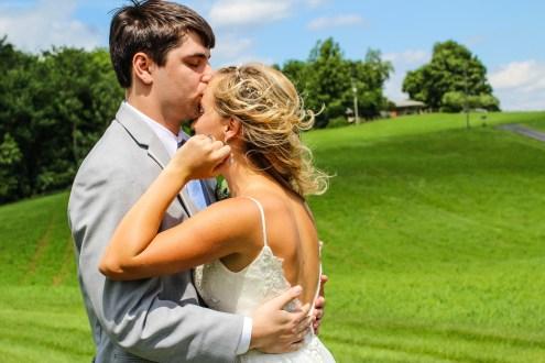 Jordan + Kevin Wedding On Sunny Slope Farm Wedding Venue by Linda Hexter Photography (14 of 30)