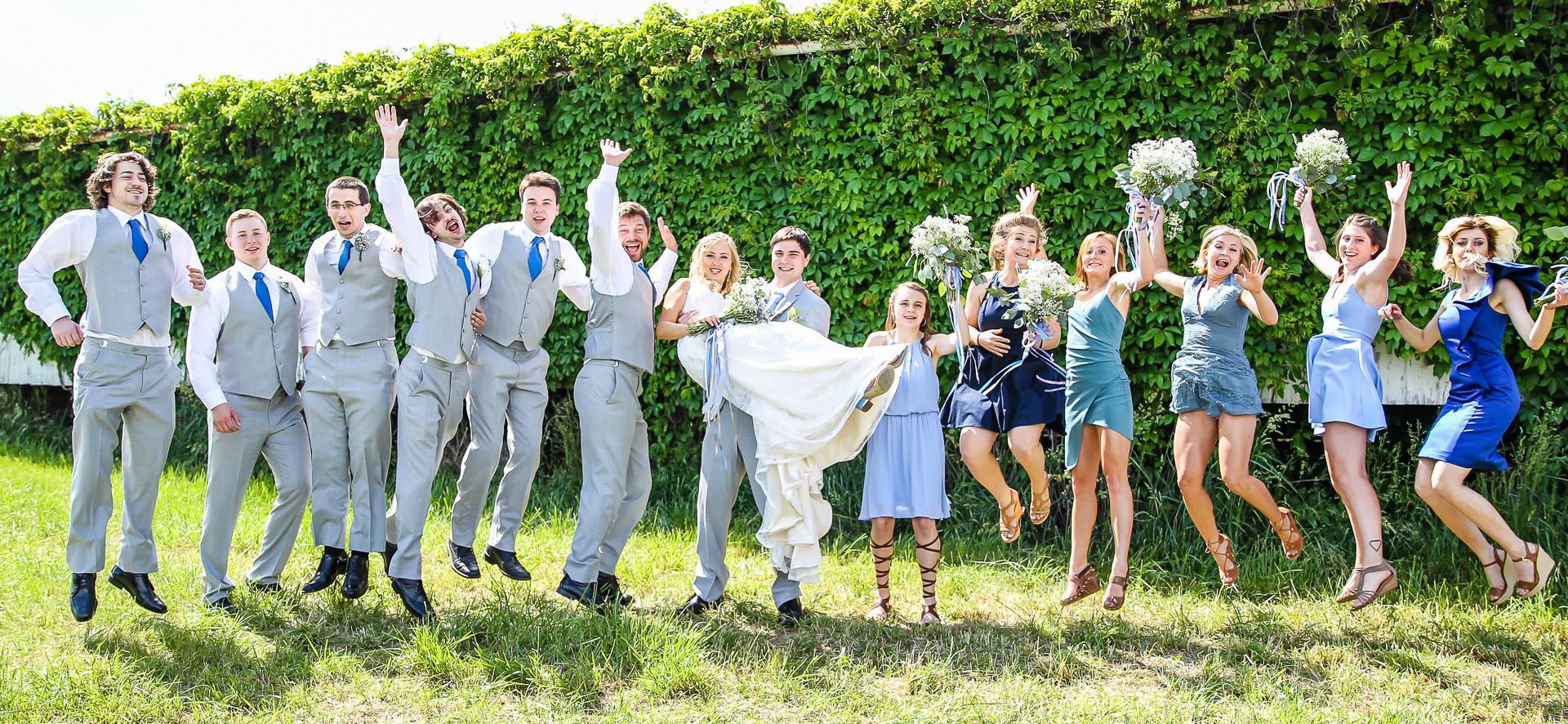 Jordan + Kevin Wedding On Sunny Slope Farm Wedding Venue by Linda Hexter Photography (20 of 30)