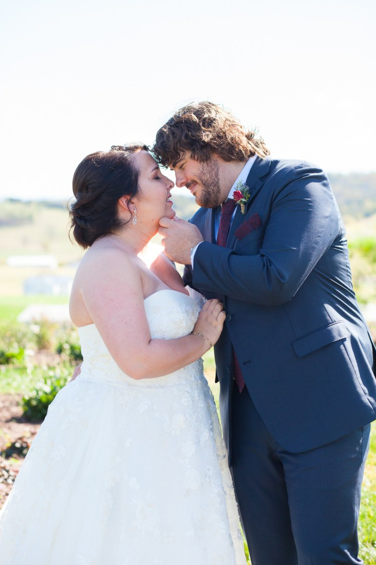 Mary + Patrick Wedding On Sunny Slope Farm Wedding Venue by Feather & Oak Photography (12 of 31)