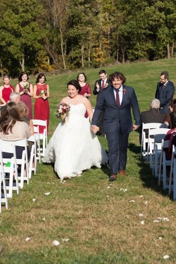 Mary + Patrick Wedding On Sunny Slope Farm Wedding Venue by Feather & Oak Photography (21 of 31)