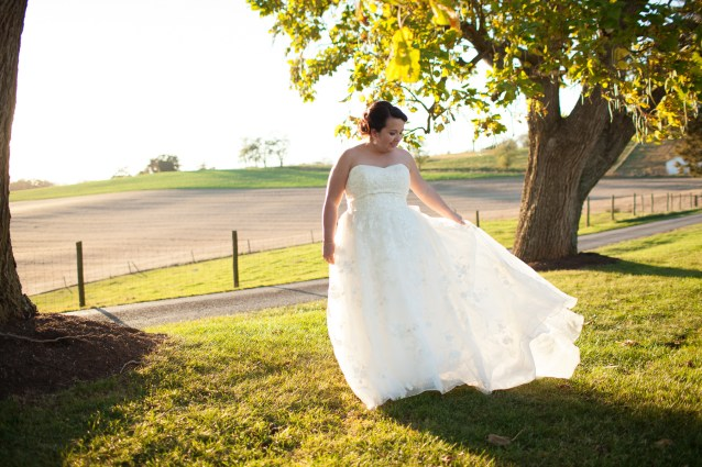Mary + Patrick Wedding On Sunny Slope Farm Wedding Venue by Feather & Oak Photography (24 of 31)