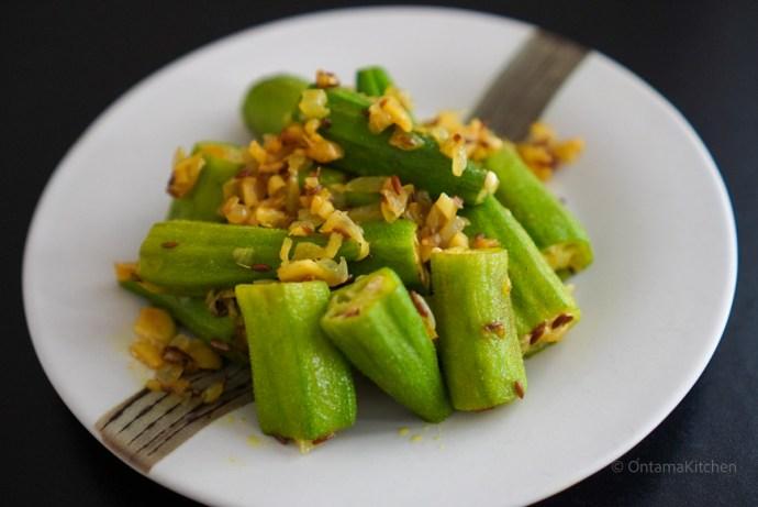 オクラのカレー炒め (Fried Curry Okra)