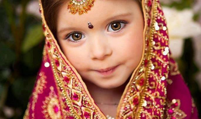بالفيديو:إنقاذ طفلة في الخامسة من عمرها من الزواج