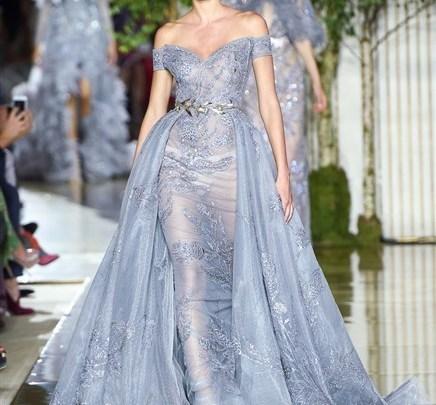 الفساتين المميزة الأكثر أنتشارا في عروض شتاء 2018 أستوحي منها ما يعجبك
