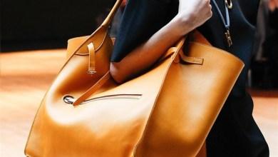 الحقائب من الأكسسورات التي تميز أو مكملة لأطلالة أي فتاة وخاصة الكبيرة منها